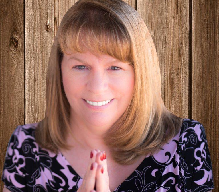 Episode #569: CindyJ Holbrook: Visibility Creates Credibility